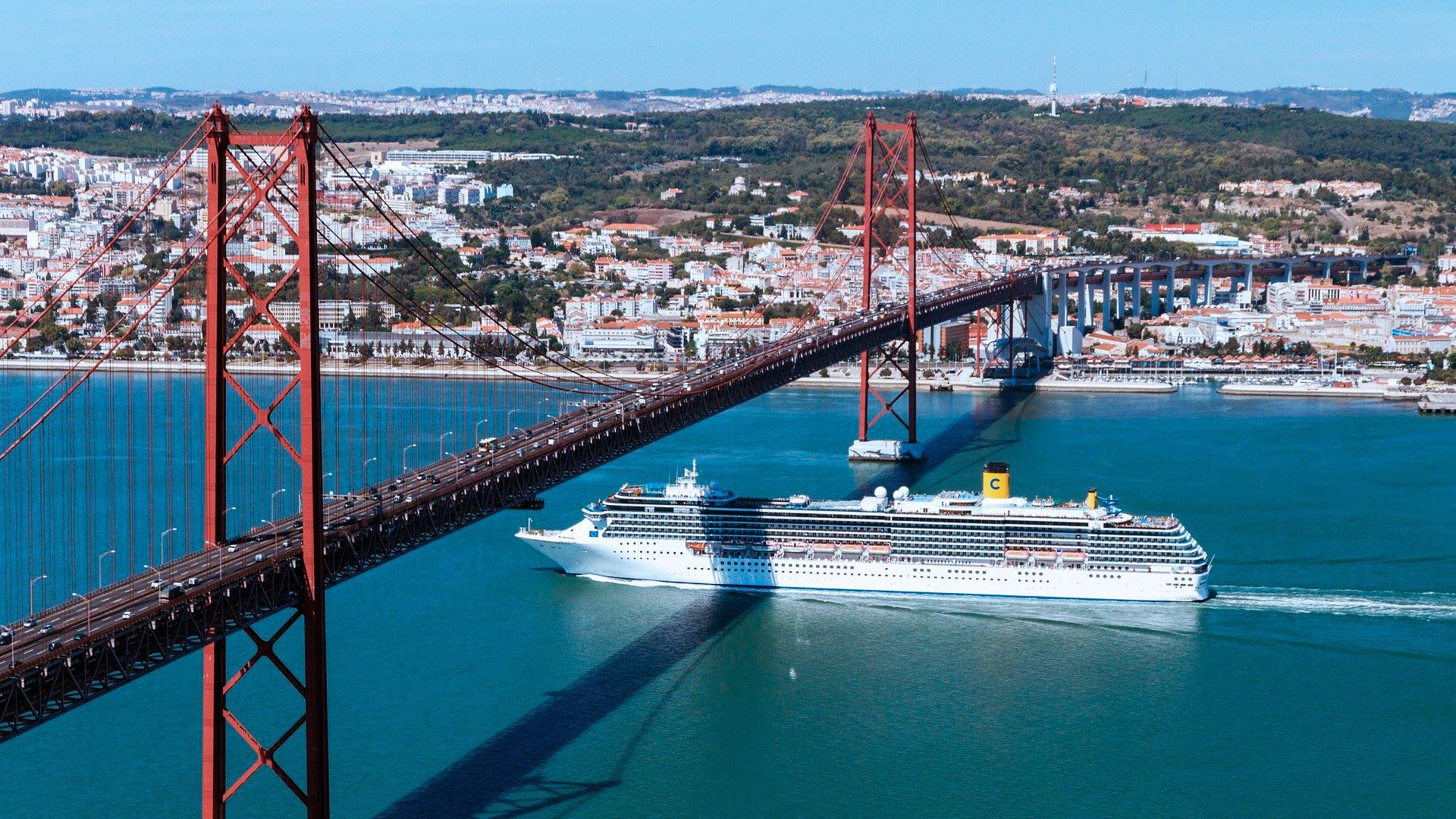 Ponte 25 de Abril - Lisboa - Portugal